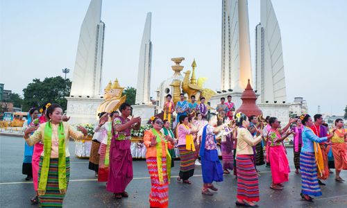Songkran-Splendors-2016-TAT-04.jpg