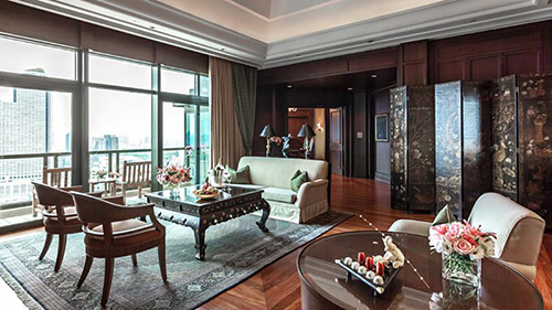 pbk-the-peninsula-suite-living-1074.jpg